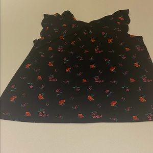 Black top with red and pink flowers 💕